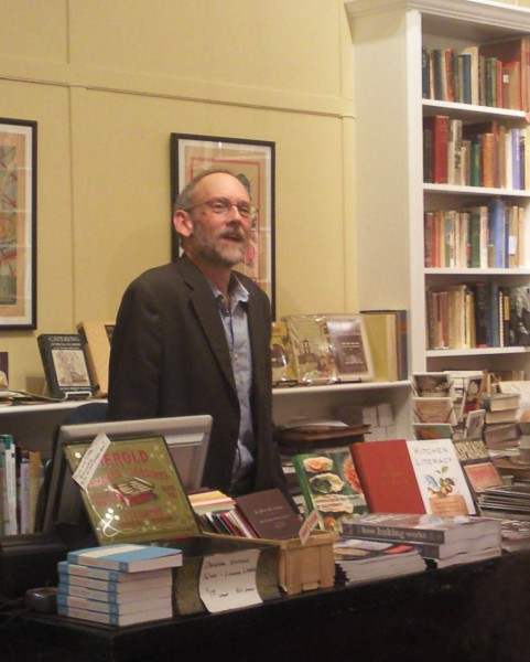Hal McGee spoke on the taste map, kokomi and the futility of searing to seal in a steak's juices at Omnivore books last night.